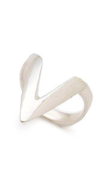 Campbell Long V Ring