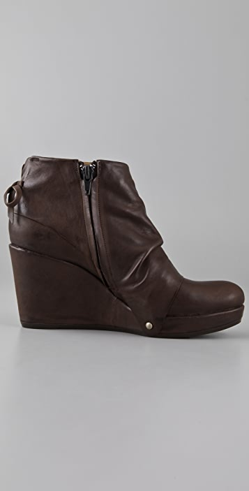 Coclico Shoes Heller Platform Wedge Booties