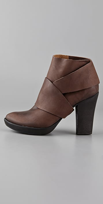 Coclico Shoes Valenzuela Platform Booties