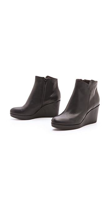 Coclico Shoes Hayleigh Wedge Booties