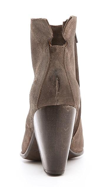 Coclico Shoes Vita Mid Heel Booties
