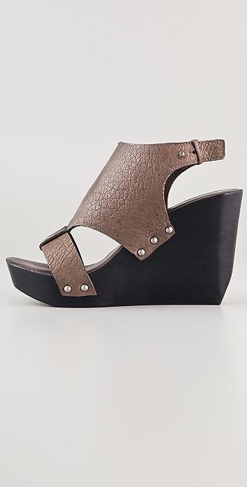 CoSTUME NATIONAL T Strap Platform Clog Sandals