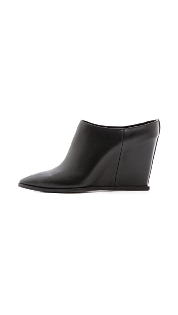 CoSTUME NATIONAL Pointed Toe Wedge Mules