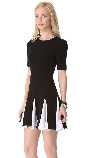 Cushnie Et Ochs Short Sleeve Pleated Dress