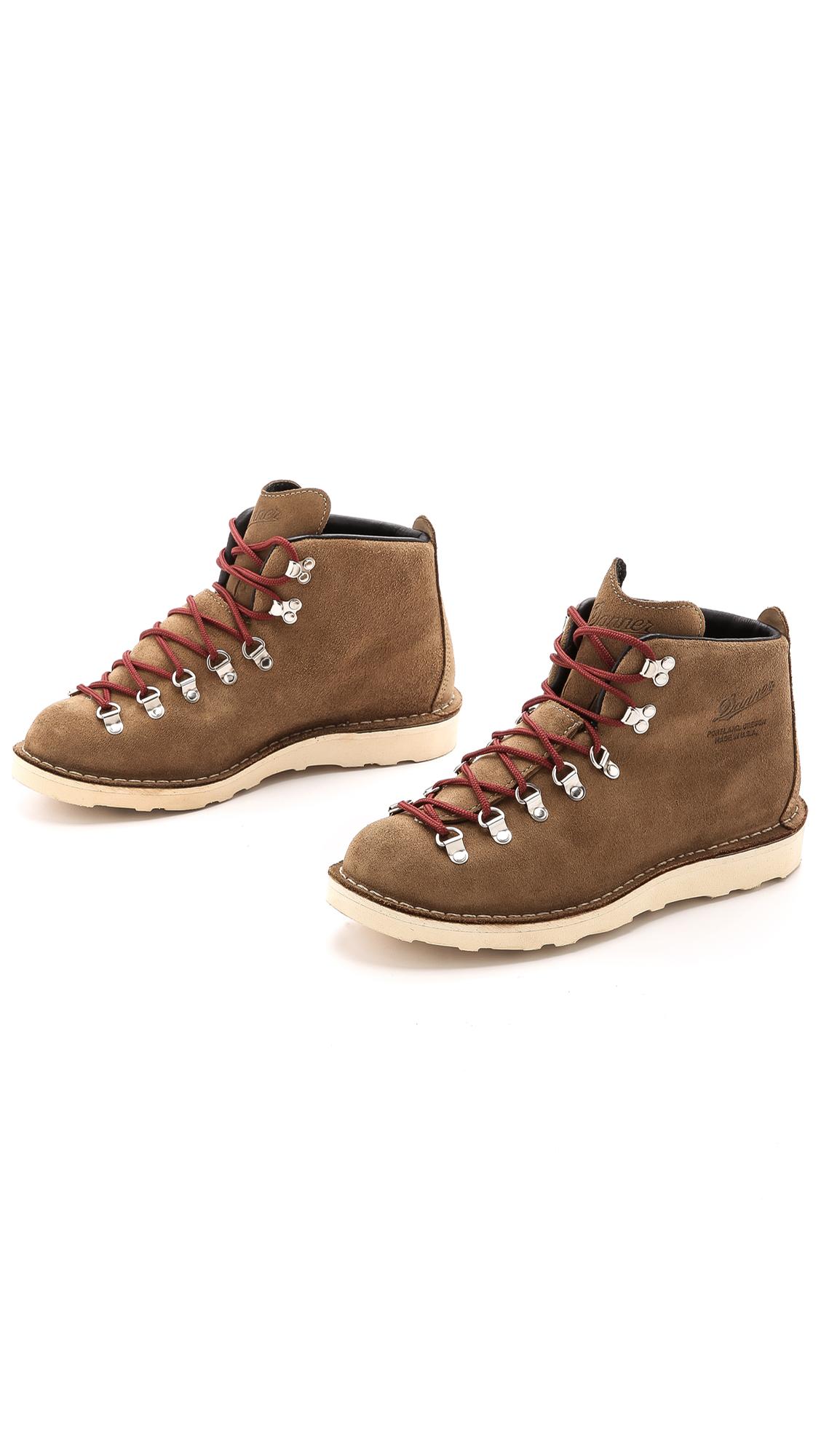 Danner Mountain Light Overton Boots | EAST DANE