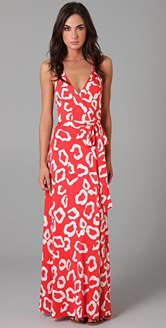 Diane von Fürstenberg wrap dress, Spring-Summer , modeled by Liu Wen A wrap dress is a dress with a front closure formed by wrapping one side across the other, and knotting the attached ties that wrap around the back at the waist or fastening buttons.