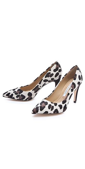 Diane von Furstenberg Anette Snow Leopard Pumps