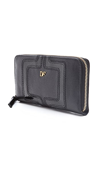 Diane von Furstenberg Chainlink Continental Wallet
