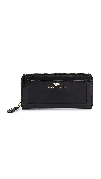 Diane von Furstenberg Flirty Zip Around Wallet in Patent Leather