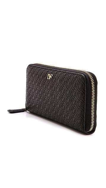 Diane von Furstenberg Chainlink Quilted Leather Continental Wallet