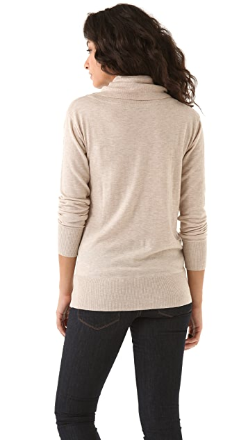 DKNY Pullover Sweater