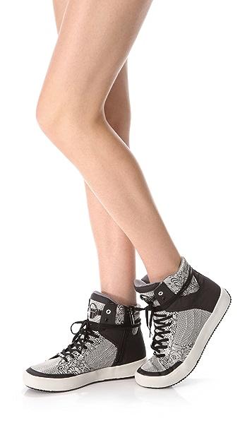 DKNY Kredit Sneakers
