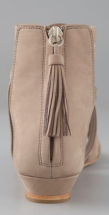 Dolce Vita Campbell Crisscross Flat Sandals