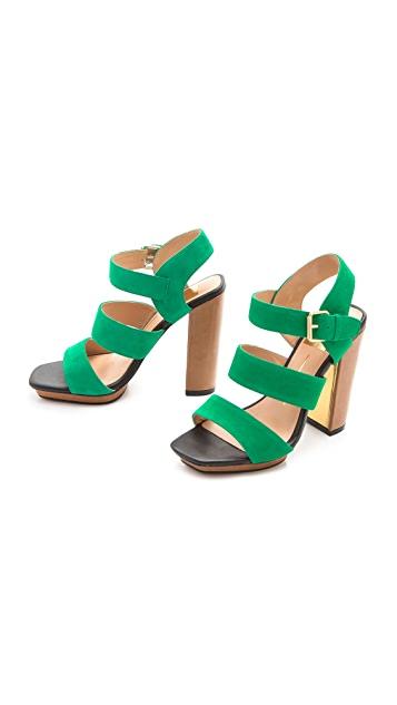 Dolce Vita Fanta Triple Band Sandals