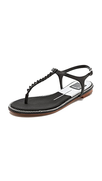 Dolce Vita Ensley T Strap Sandals