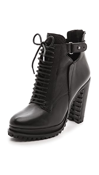 Dolce Vita Daytona Lug Sole Booties