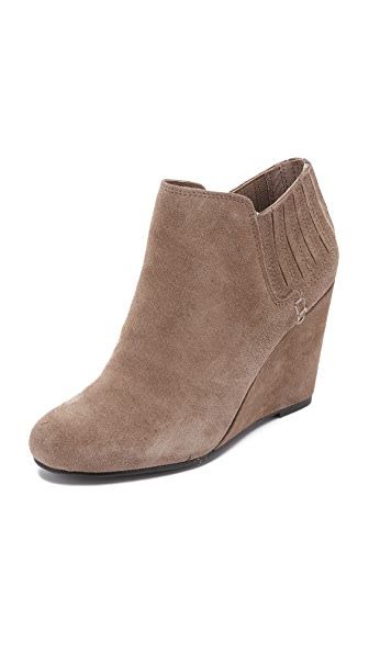 Dolce Vita Gwynn Suede Wedge Booties