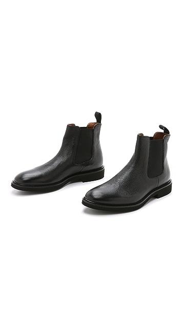 Doucal's Genova Pebbled Grain Chelsea Boots