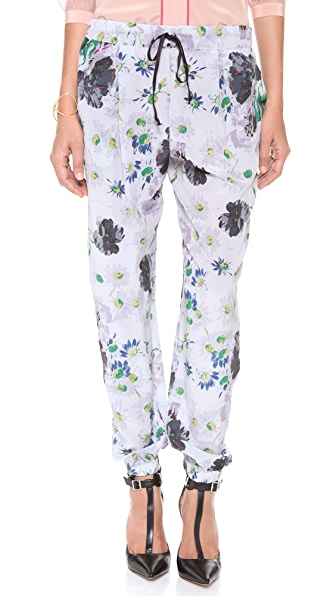 Elizabeth and James Walton Pant