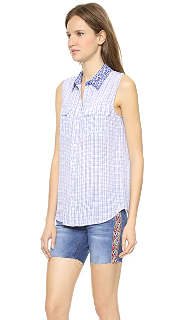 Equipment Sleeveless Slim Signature Blouse with Contrast Collar