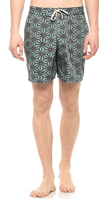 Faherty Starfruit Indigo Board Shorts