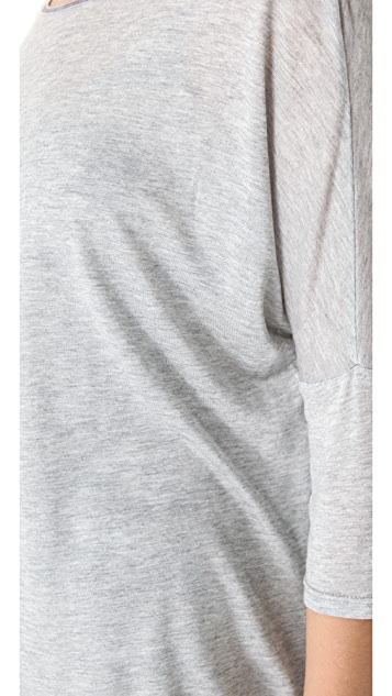 Feel The Piece Back Stitch Tee