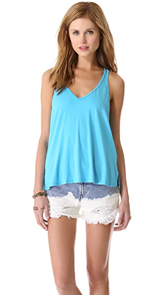 Feel The Piece V Neck Tank