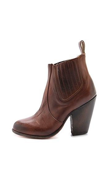 FREEBIRD by Steven Morgan Chelsea Booties
