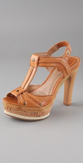 Frye Kara T Strap Platform Sandals