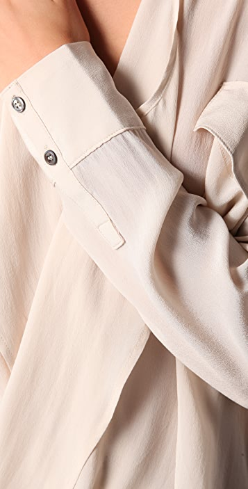 Funktional Fold Front Silk Blouse