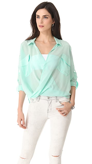 Funktional Digital Fold Front Blouse