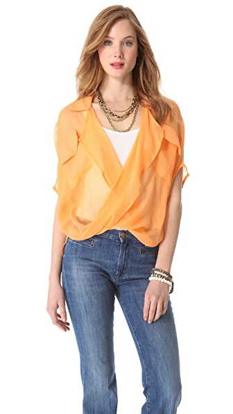 Funktional Micro Fold Front Blouse