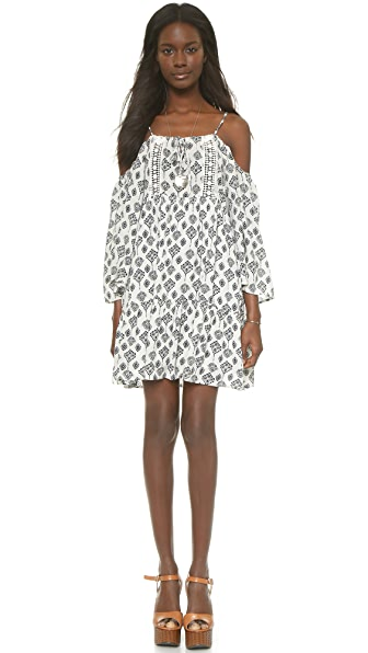 Shop Glamorous online and buy Glamorous Cold Shoulder Mini Dress White/Blue Print dress online