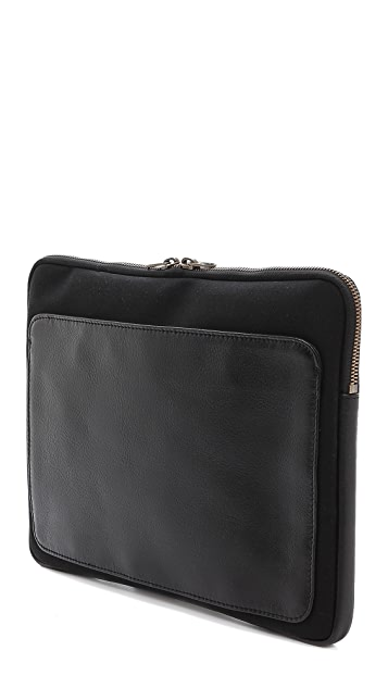 Haerfest F18 iPad Sleeve