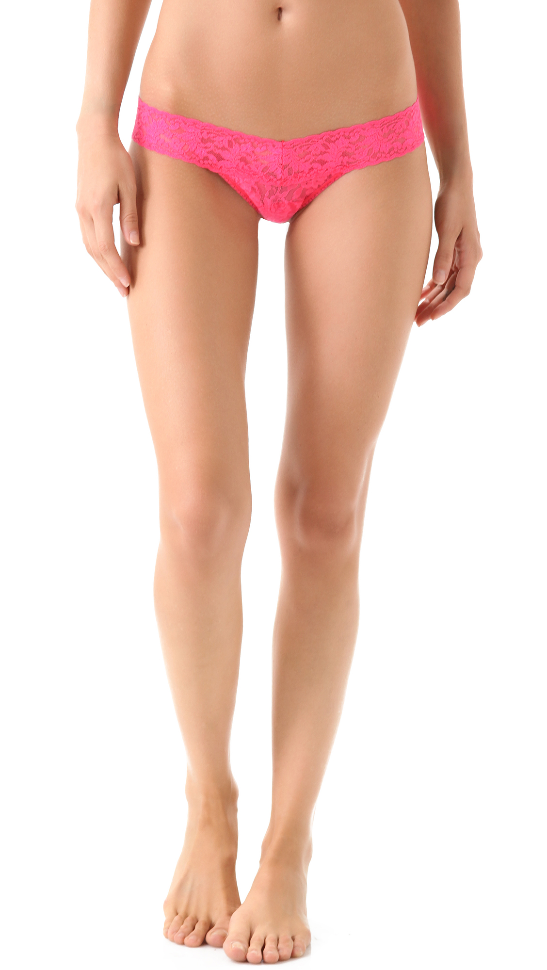 hanky panky female 123936 hanky panky signature lace low rise thong vivid coral