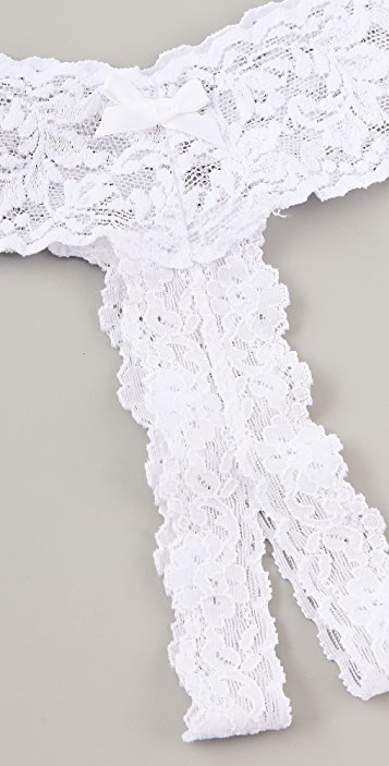Hanky Panky After Midnight Signature Lace Open Thong