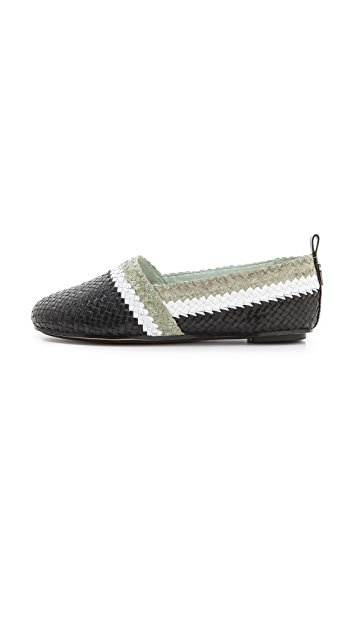 House of Harlow 1960 Woven Kye Flats