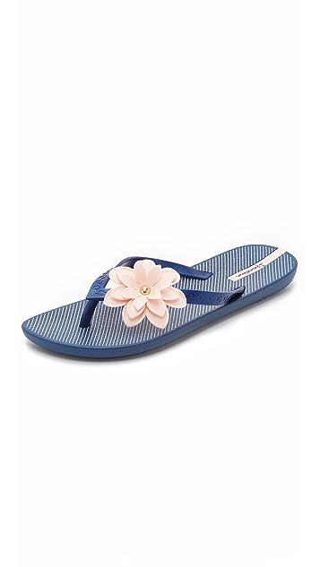 Ipanema Neo Flora Flip Flops