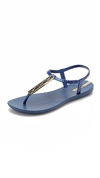 Ipanema Pietra T Strap Sandals