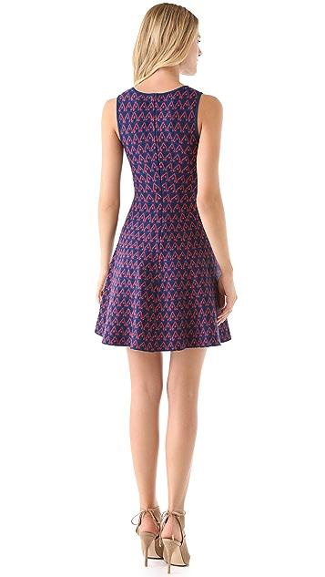 ISSA Sleeveless Sweater Dress