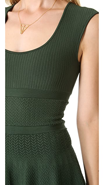 ISSA Ribbed Scoop Neck Dress