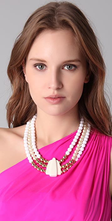 Juliet & Company Belle Couronne Necklace