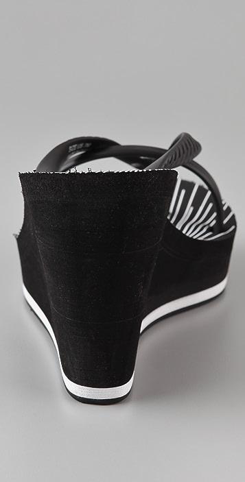 Juicy Couture Lisa High Wedge Rubber Flip Flops