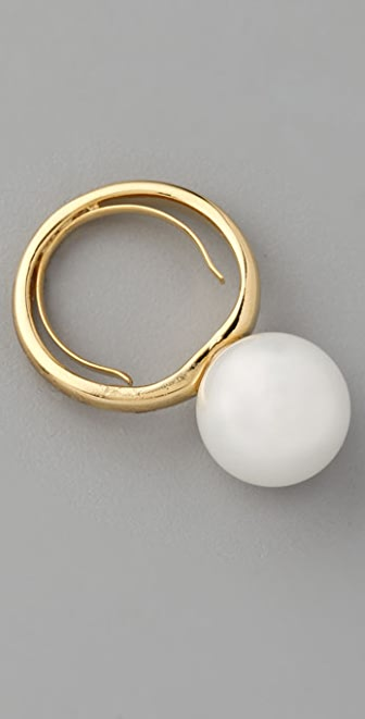 Kenneth Jay Lane Shell Pearl Stackable Ring