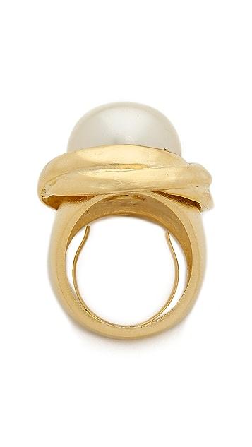 Kenneth Jay Lane Imitation Pearl Ring