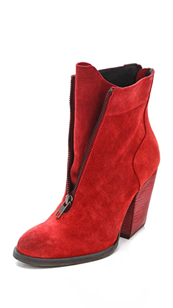 LD Tuttle The Balance Zip Front Booties