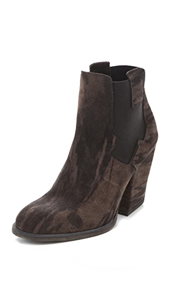 LD Tuttle The Mass Marble Booties