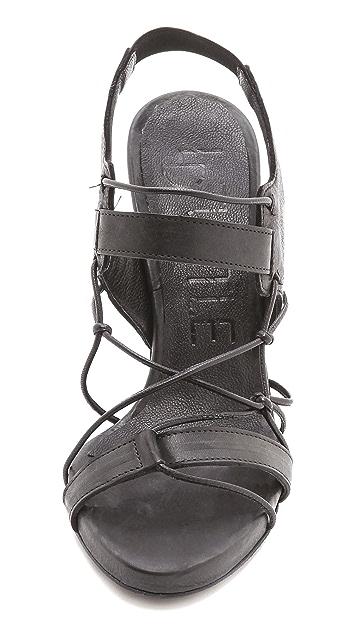 LD Tuttle Foil Knotted Sandals