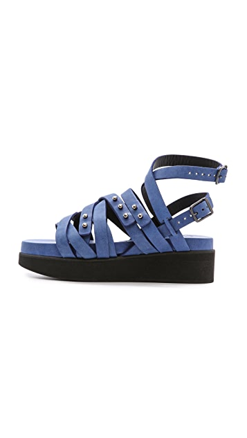 LD Tuttle The Surface Strappy Sandals