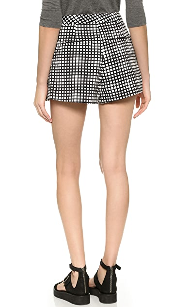 L'AGENCE Pleated Shorts